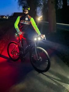 Michael Sandner bei einer Dunkelfahrt | Foto: Markus Lindemann